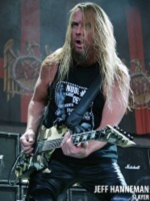 Muere Jeff Hanneman guitarrista de Slayer