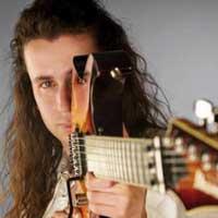 Biografía guitarrista Robert Rodrigo
