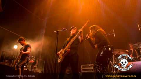 Rock & Elas: Bala y Agoraphobia en el día de la mujer