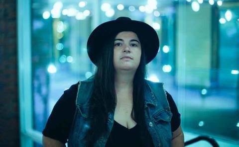 El blues de Julie Rhodes aterriza en España
