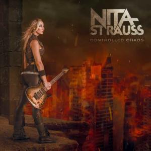 Portada Cotrolled Chaos, Nita Strauss