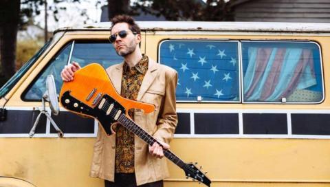 """Así suena lo nuevo de Paul Gilbert, ya llega """"Behold Electric Guitar"""""""