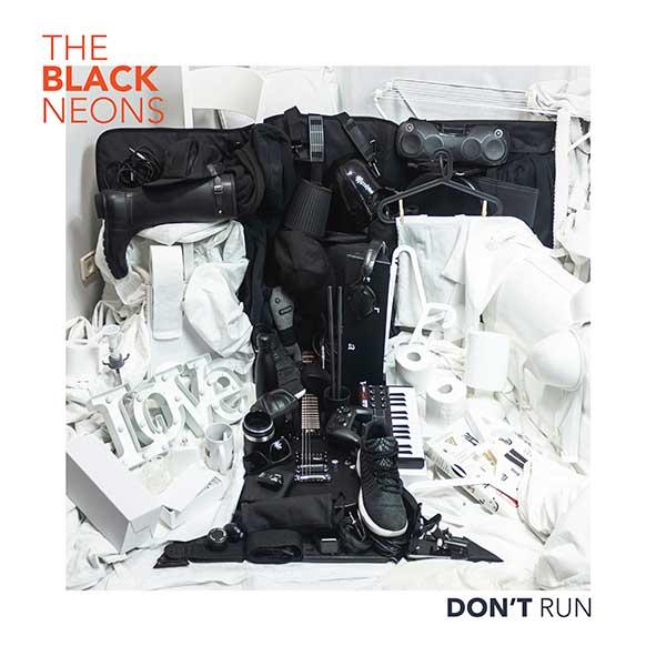 Portada Don´t Run Black Neons