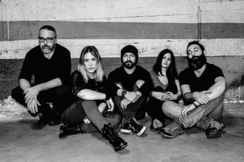 "Evildog presentan su EP debut ""From the basement"""