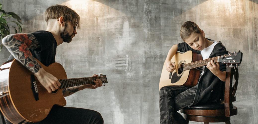 Aprender a tocar la guitarra en España